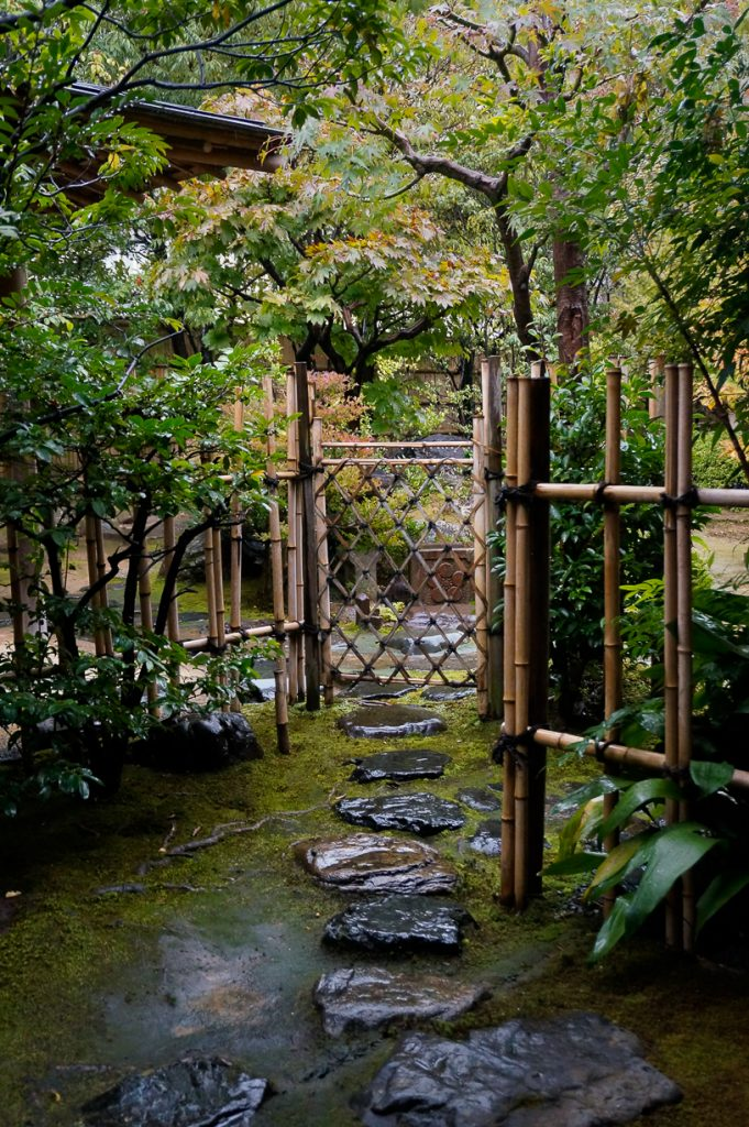 puerta-del-jardin-1-de-1